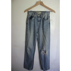 ZARA high waisted ripped mom jeans size 00